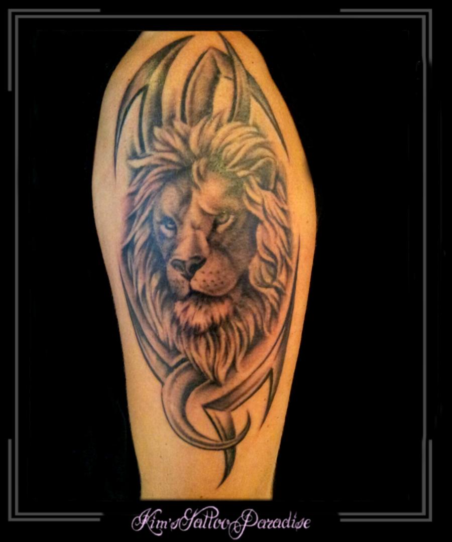 leeuw in tribal | Kim's Tattoo Paradise